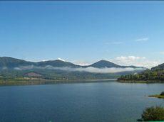 Lake01